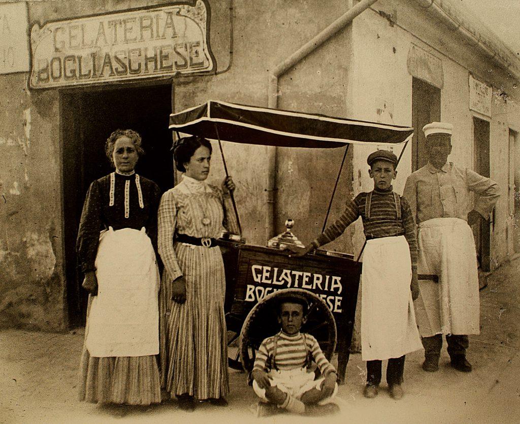 Peruzzi Genova 1900